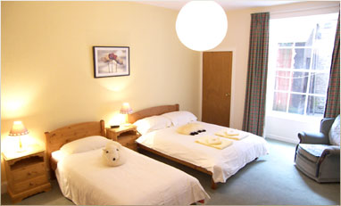 self catering apartments in Edinburgh